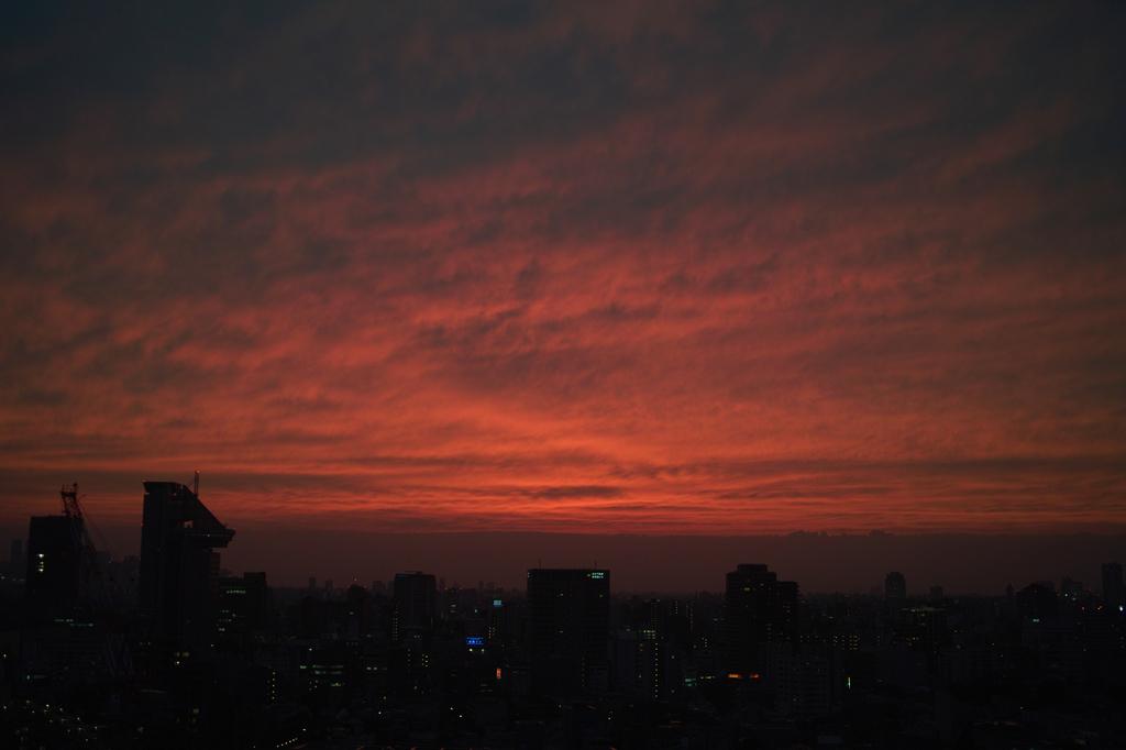 東京は燃えているか