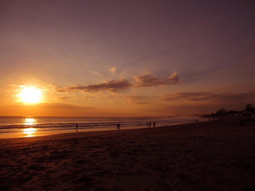 バリ スミニャック ビーチ sunset