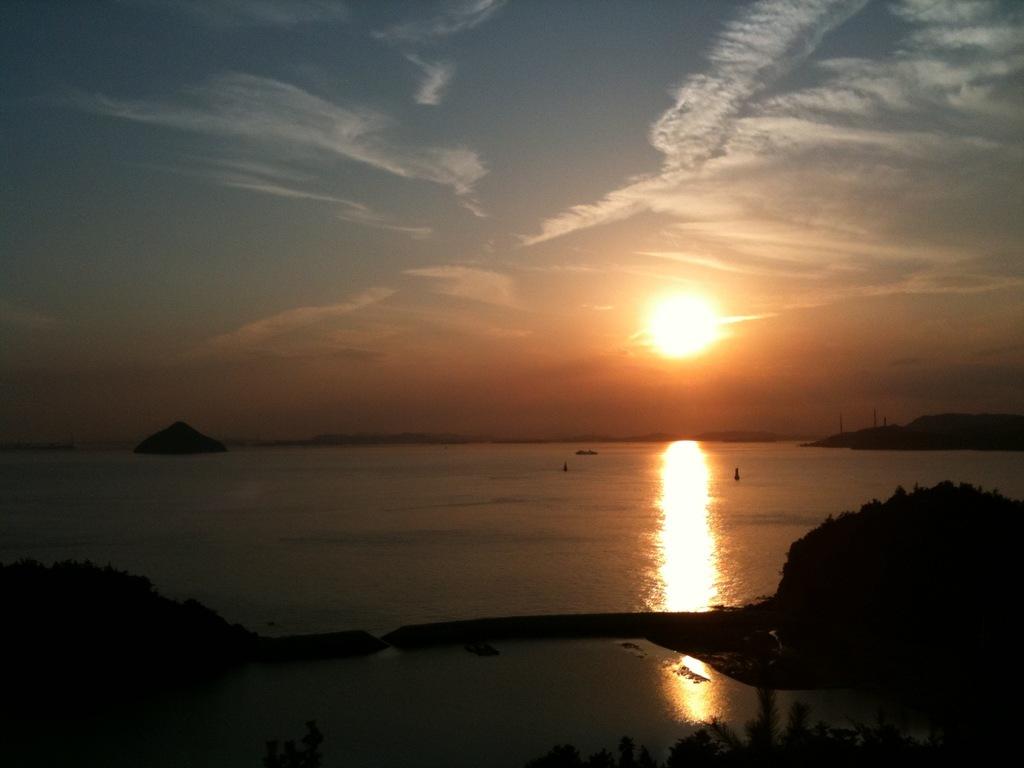 直島の夕景