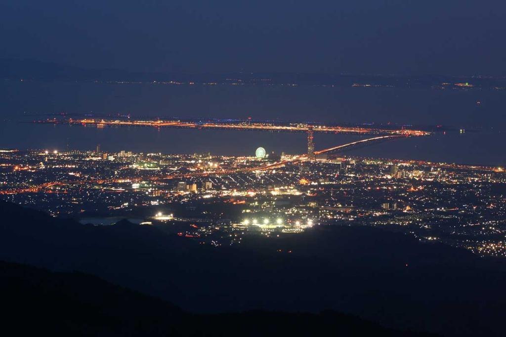 葛城山展望台から
