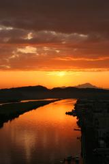 朝焼けの大橋川