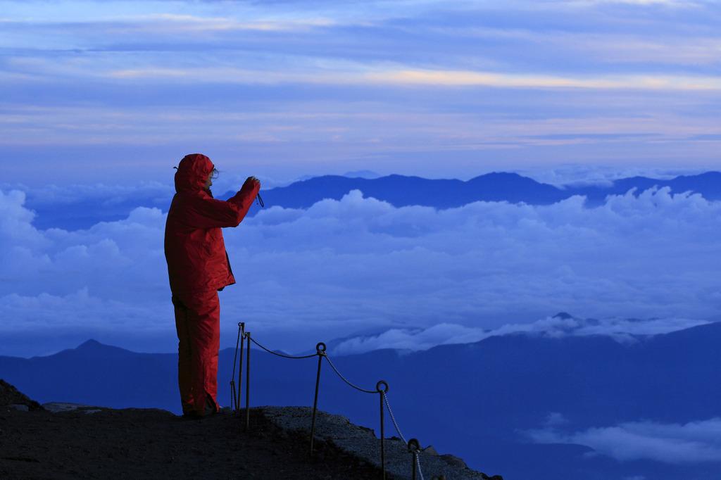 富士八合目の朝
