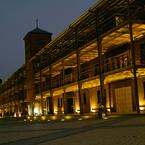 SIGMA SIGMA DP2で撮影した建物(ようやくライトアップ)の写真(画像)
