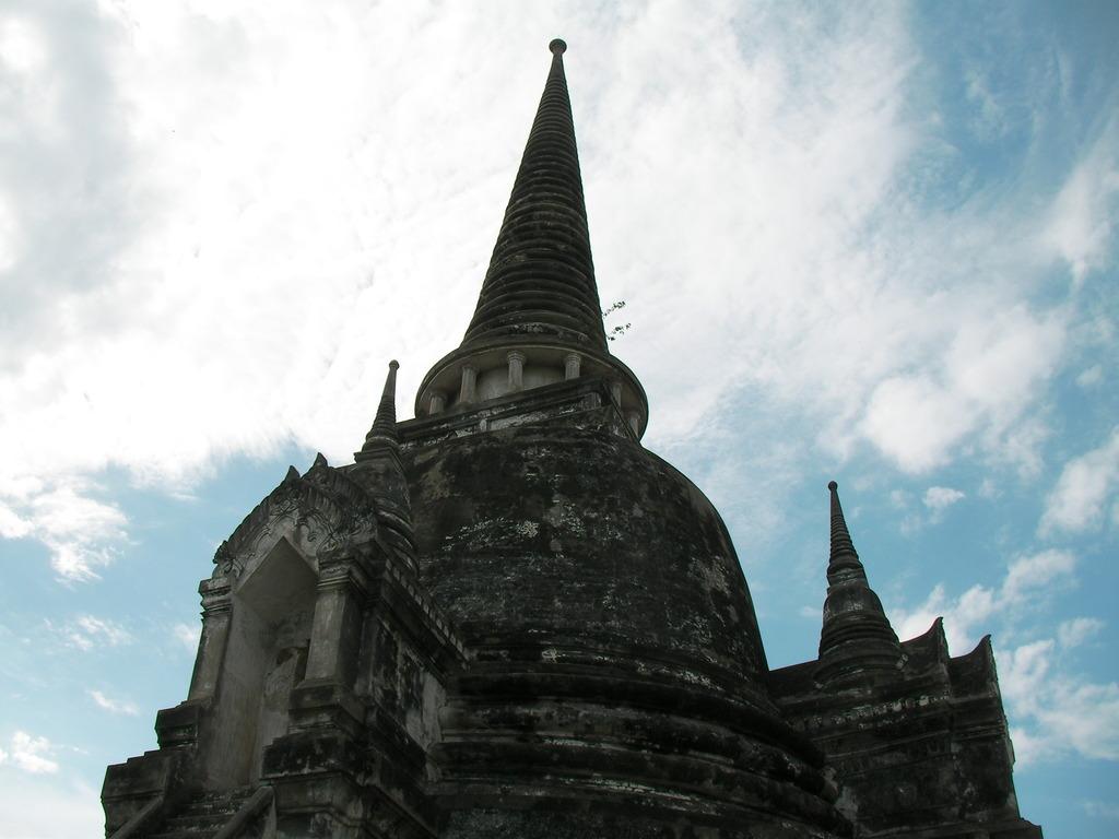 ワット・プラ・シー・サンペット<タイ王国>