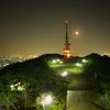 夜景と電波塔