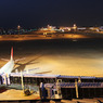 CANON Canon EOS Kiss X3で撮影した乗り物(夜の空港)の写真(画像)