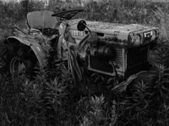 腐敗トラクター