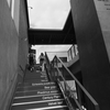 階段を登ると