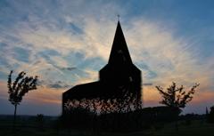 夕陽に浮かぶ、透ける教会(その5)