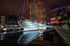 帆船日本丸リフレクション
