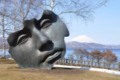 洞爺湖の彫刻