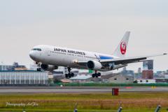 JAL Boeing 767-346-ER JA615J