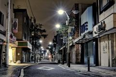 夜中の商店街