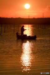 日の出とともに出船