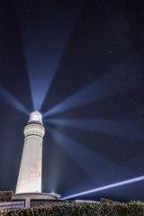 角島灯台が照らす星空