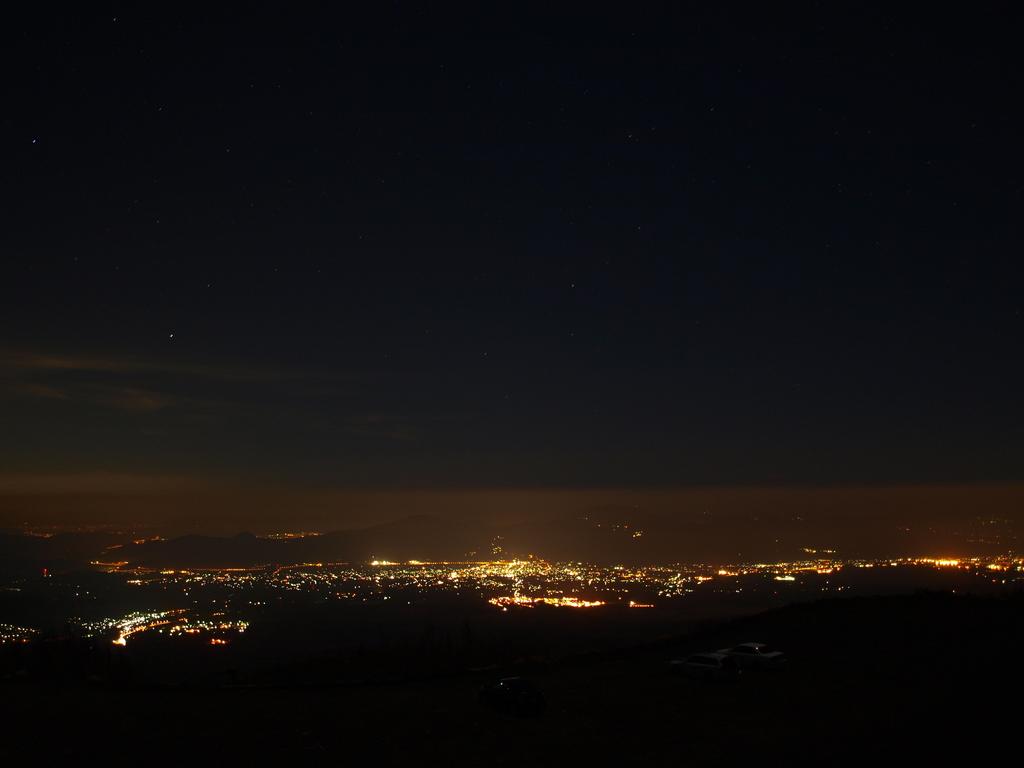 富士山五合目からの夜景