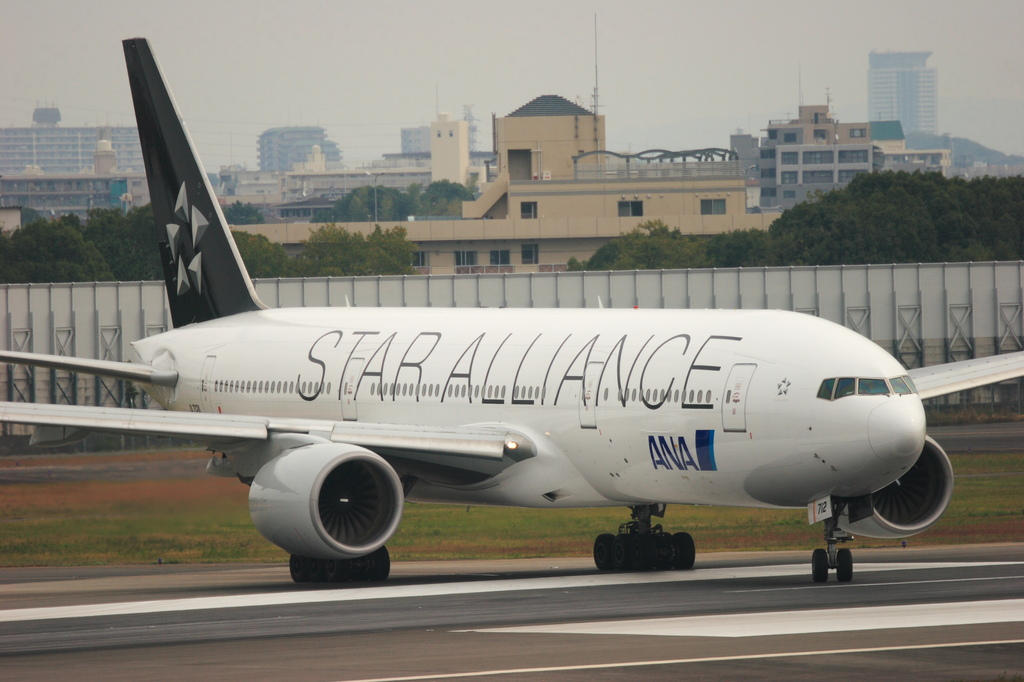 Boeing777-281(JA712A STAR ALLIANCE)