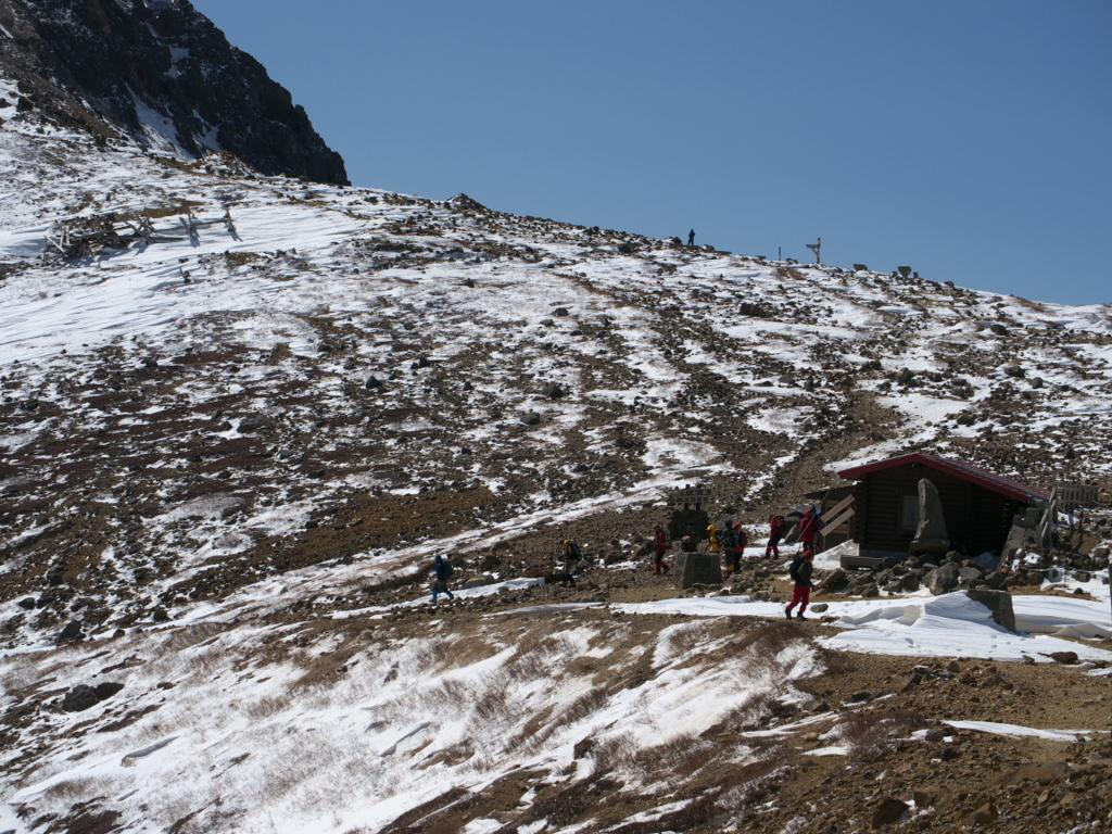 那須岳-峰の茶屋跡避難小屋
