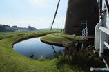 オランダ風車と京成電車