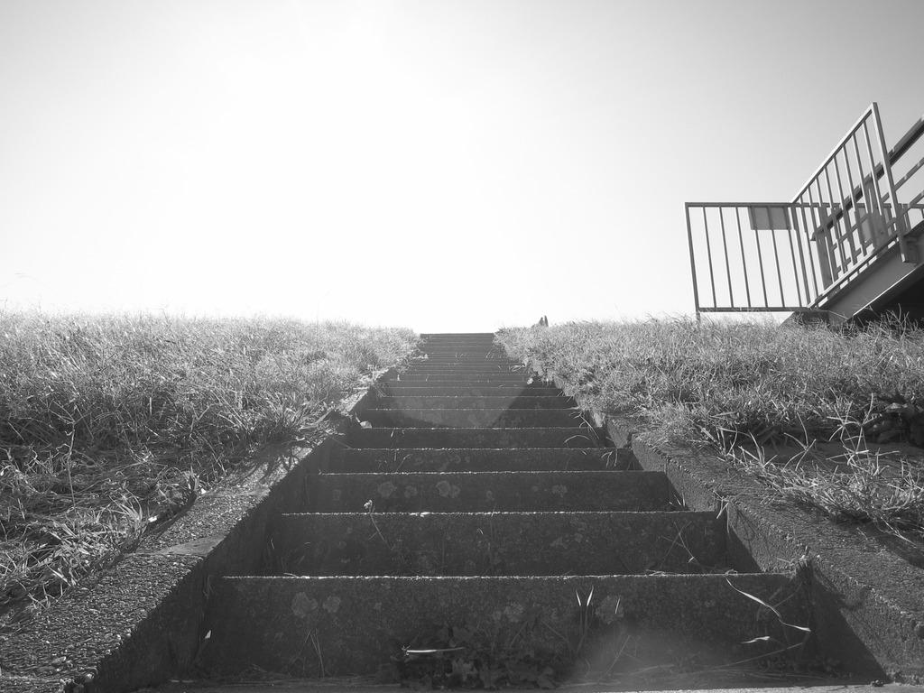 太陽と階段