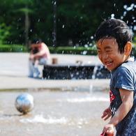 NIKON NIKON D60で撮影した人物(Splash!)の写真(画像)