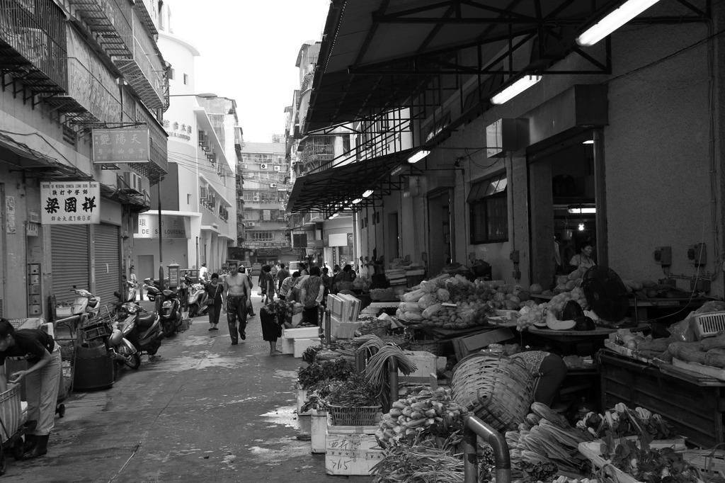 市場の裏路地