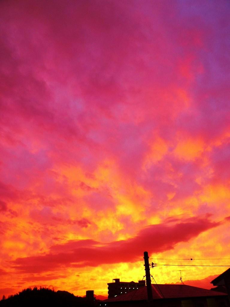 台風前の夕焼け 2