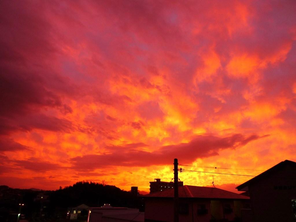 台風前の夕焼け 1
