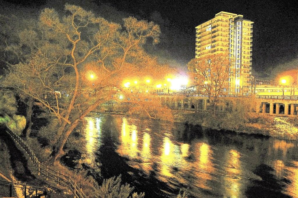091121夜の北上川