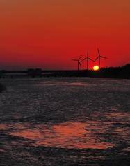 海へ落ちる夕陽