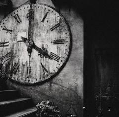 timepiece..