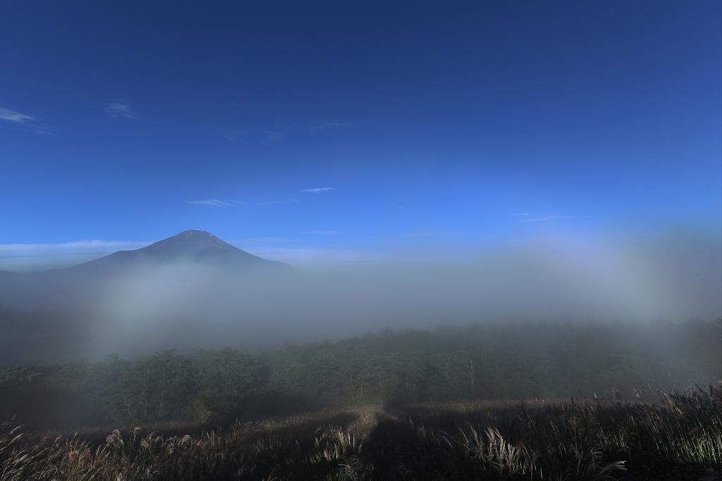白虹かかる富士
