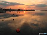 水面の夕景