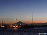 夕景・・・星と船と富士山と