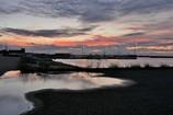 茜雲さす港の夕べ