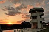 秋・岬に日が沈むころ