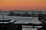 東京湾・小糸川河口の軍艦島?