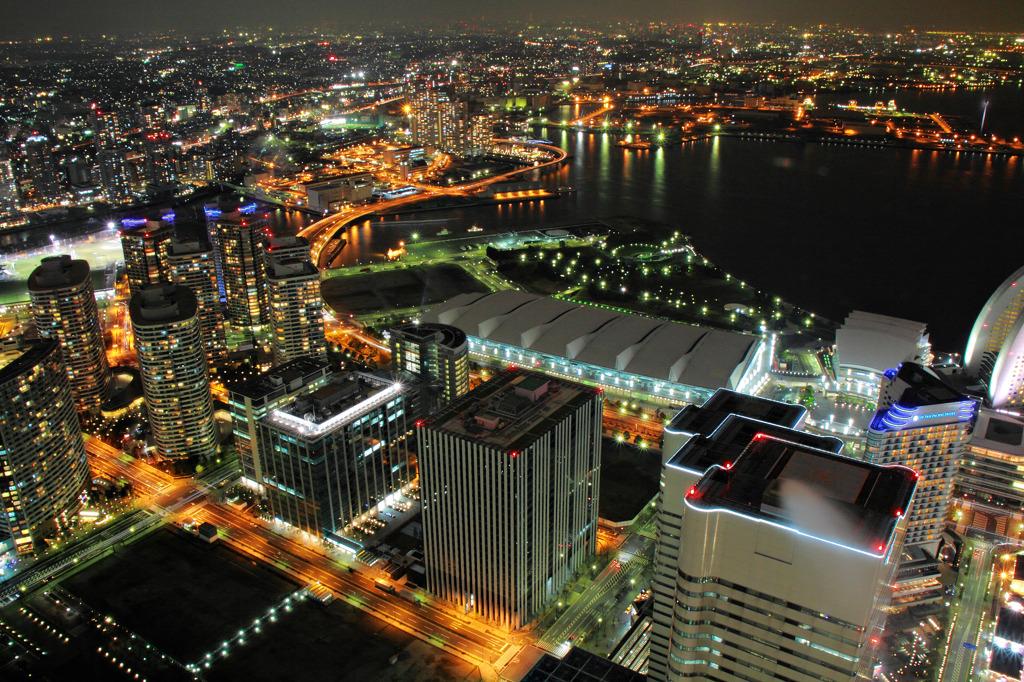 横浜の夜景*ランドマークタワーより