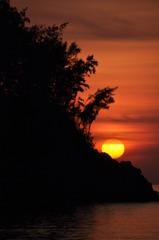 入江の夕日