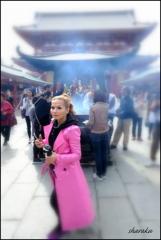 ピンクのコート