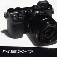 SONY NEX-5で撮影したインテリア・オブジェクト(NEX-7)の写真(画像)
