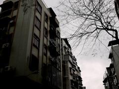 古びたアパート