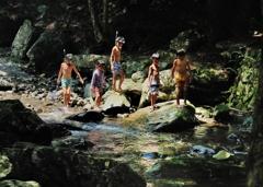 渓流探検隊