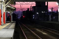 ピンク色の鉄道