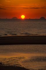 モンチッチ海岸(通称)のだるま夕日