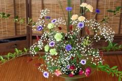 春に集う花々