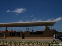 浮遊する屋根