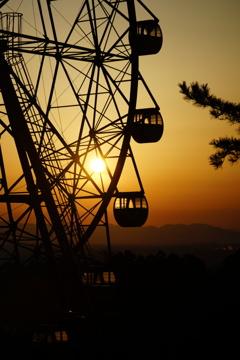 朝:遊園地