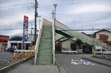 校門前の歩道橋