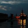 夕暮れの中の潜水艦